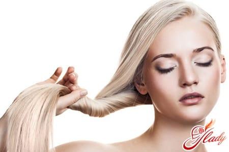 Польза голубой глины для жирных волос