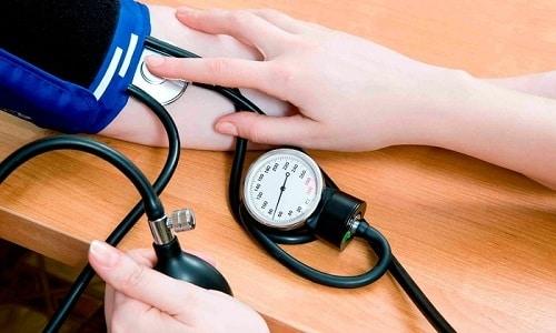 Если у больного обнаруживается учащенный пульс, то от занятий ЛФК стоит пока воздержаться