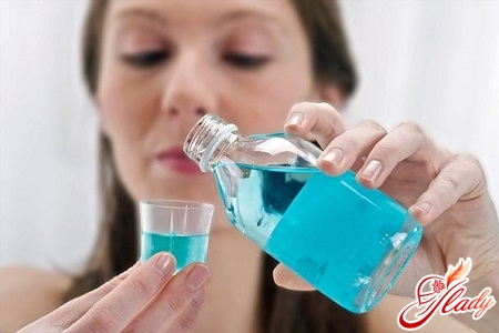 качественное отбеливание зубов в домашних условиях народными средствами