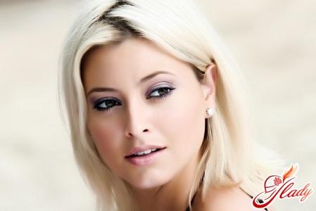 макияж для карих глаз блондинок