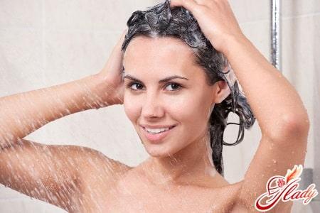 Правильное мытье кудрявых волос