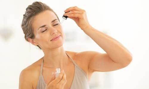 Чтобы предотвратить появление сосудистой сеточки, рекомендуется ежедневно пользоваться специальной сывороткой, которая устраняет раздражение, уменьшает интенсивность покраснений, способствует нормализации кровообращения