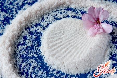 Польза морской соли от перхоти