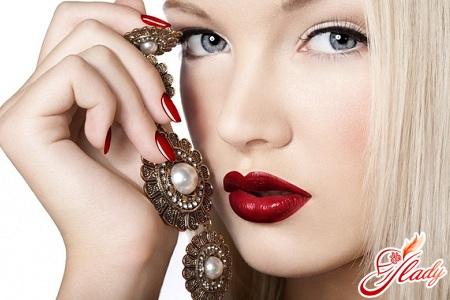 праздничный свадебный макияж для голубых глаз