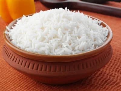 Среди гарниров отдают предпочтение вареному рису